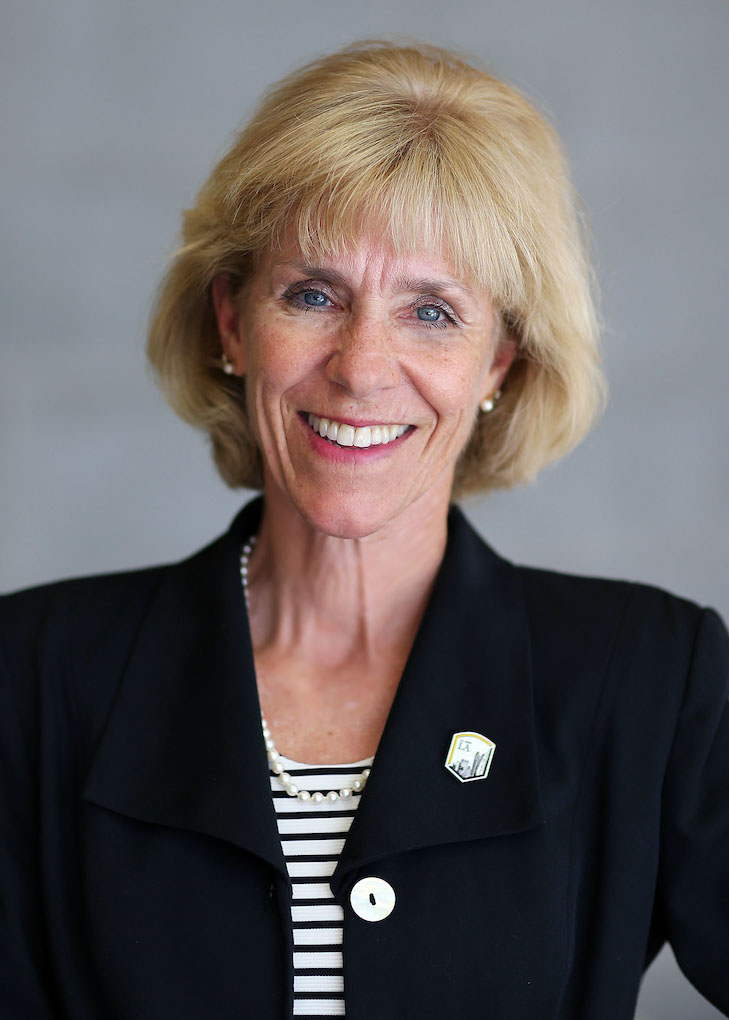 photo of Janet Dial