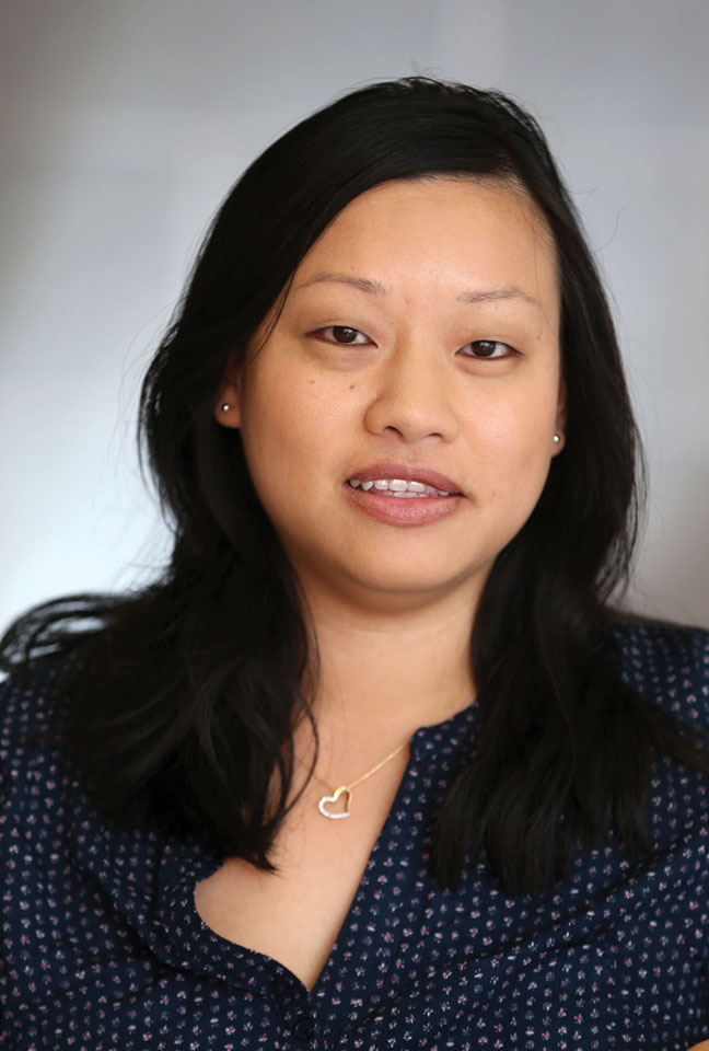 Evelyn Li, Resource Analyst
