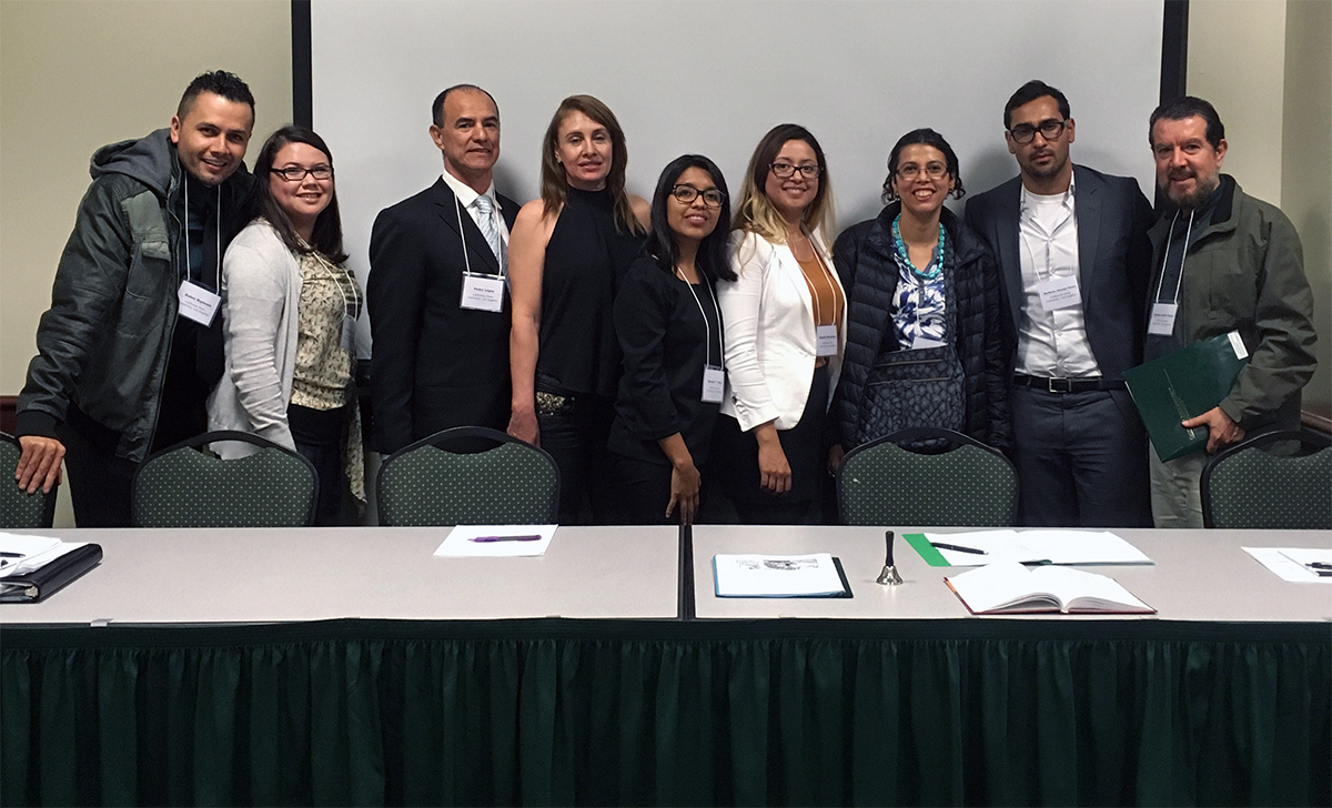 Students Maria Marquez, Rosalia Castro, Melody Villagomez, Heriberto Jauregui, Pedro Lopez, and Ruben Espinoza accompanied by Professors Gaston Alzate and Paola Marin