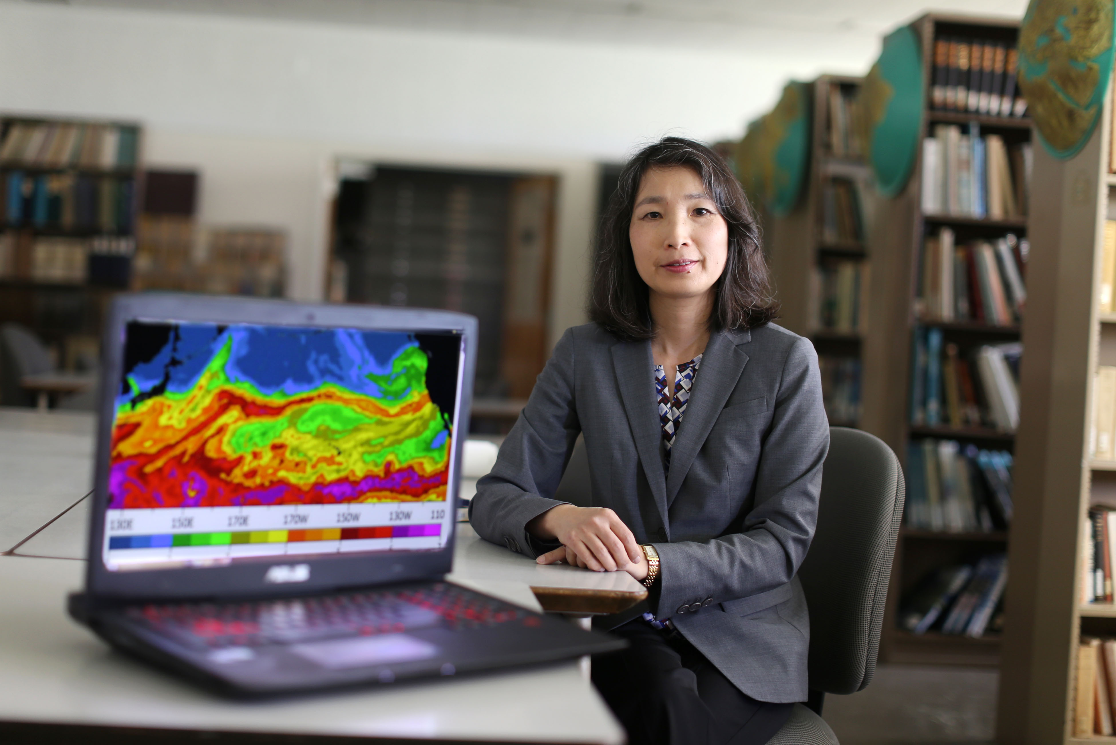 Dr. Ye in the map library 2016