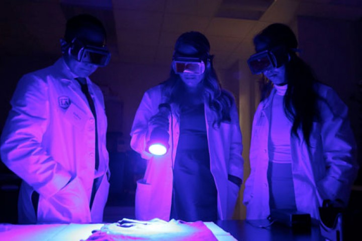 black light lab in Hertzberg-Davis Forensic Science Center
