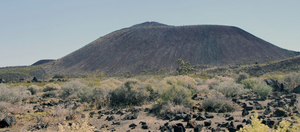 A cinder cone volcano in the Mojave Desert, Geoscience emphasis