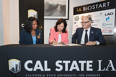 Banks, Solis and Covino sign MOU