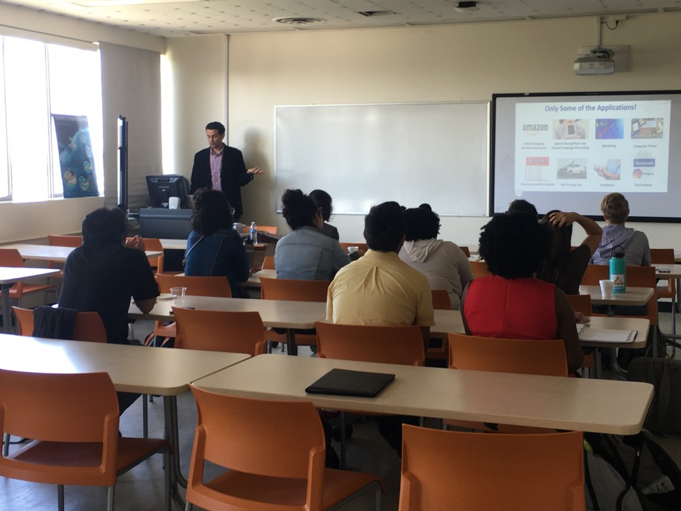 Dr. Mohammad Pourhomayoun leading a DIRECT-STEM research student seminar on AI and Machine Learning.