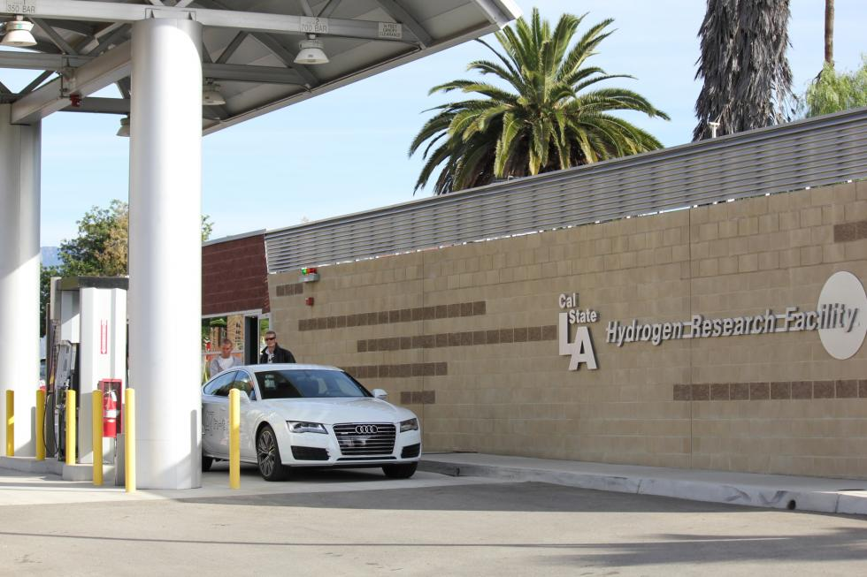 Cal State L.A. hydrogen fueling station