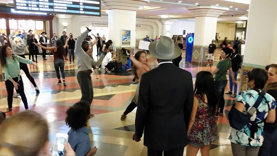 Flash Mob Union Station